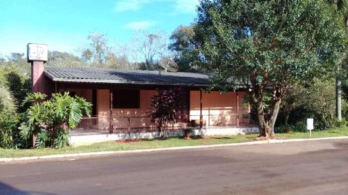 Casa Mista com Porão + Terreno 855,00m²